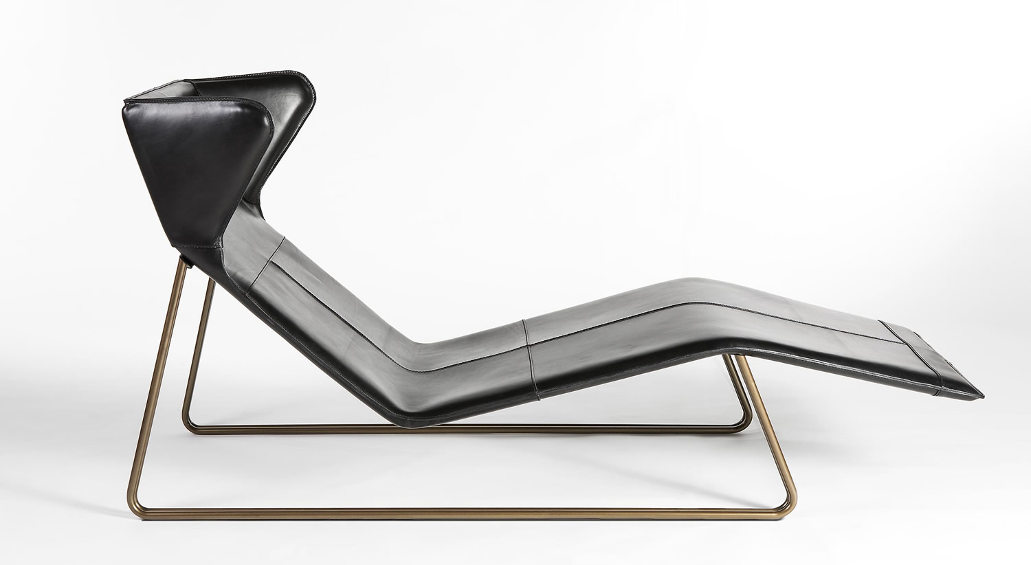 Geometrical leather chaise longue romea esedra suites modern classic furniture - Modern leather chaise longue ...